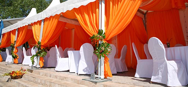 This is how you can host a grand wedding reception : decorating tents for wedding receptions - memphite.com